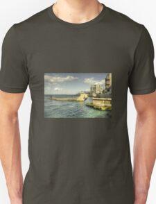 Menqa Jetty  T-Shirt