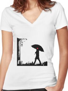 Heart umbrella - looking for love Women's Fitted V-Neck T-Shirt