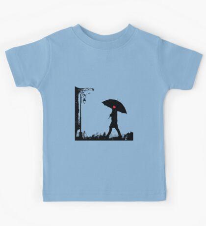 Heart umbrella - looking for love Kids Tee