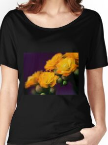 Kalanchoe bloom Women's Relaxed Fit T-Shirt