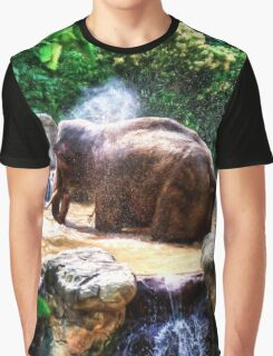 Jumbo Shower       (RVR) Graphic T-Shirt