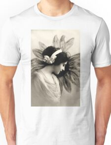 Vintage Beauty Unisex T-Shirt