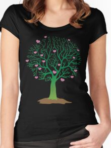 LOVE TREE beautiful oak with love hearts Women's Fitted Scoop T-Shirt