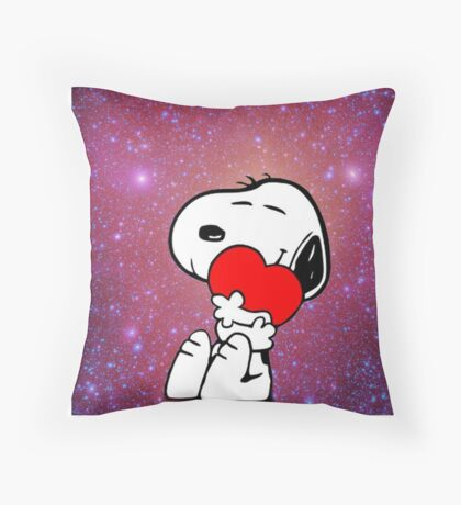 snoopy love  Throw Pillow