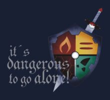 It´s dangerous to go alone One Piece - Short Sleeve