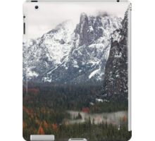 Yosemite Tunnel View  iPad Case/Skin