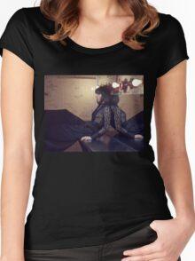 Aubrey 6 Women's Fitted Scoop T-Shirt