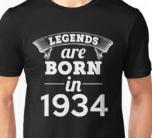 legends are born in 1934 shirt hoodie Unisex T-Shirt