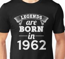 legends are born in 1962 shirt hoodie Unisex T-Shirt