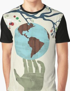 Global Issue 02 Graphic T-Shirt