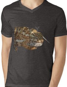 Chameleon Hanging On A Wire Fence Vector Mens V-Neck T-Shirt