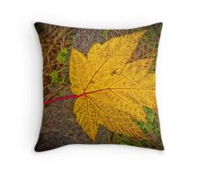 YELLOW MAPLE LEAF Throw Pillow