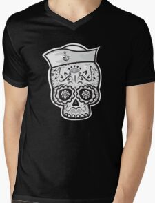 Marinero muerto sugar skull Mens V-Neck T-Shirt