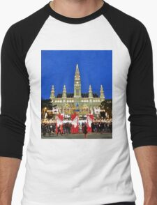 Vienna Rathaus at Christmas time. Men's Baseball ¾ T-Shirt