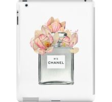 CHANEL Nº 5 iPad Case/Skin