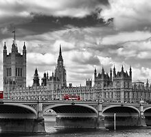 LONDON River Thames and Red Buses on Westminster Bridge by Melanie Viola