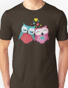 Cute owl couple with hearts Unisex T-Shirt