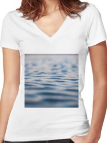 SUBMERGE Women's Fitted V-Neck T-Shirt