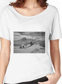Gnarled Beauty In the Valley Women's Relaxed Fit T-Shirt