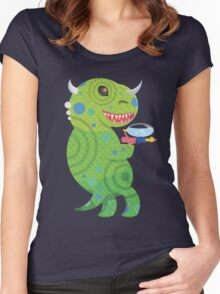 Lizard Thing with a Squirt Gun Women's Fitted Scoop T-Shirt