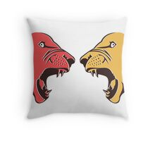 angry lion design Throw Pillow