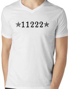 Greenpoint, Brooklyn (NYC) Mens V-Neck T-Shirt