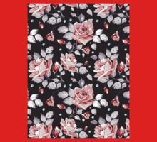 Stylish Vintage Pink Floral Pattern Kids Tee