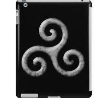 Triskele -b&w invert iPad Case/Skin