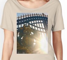 Early Evening at Buckingham Palace Women's Relaxed Fit T-Shirt