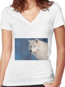 Arctic Wolf Women's Fitted V-Neck T-Shirt