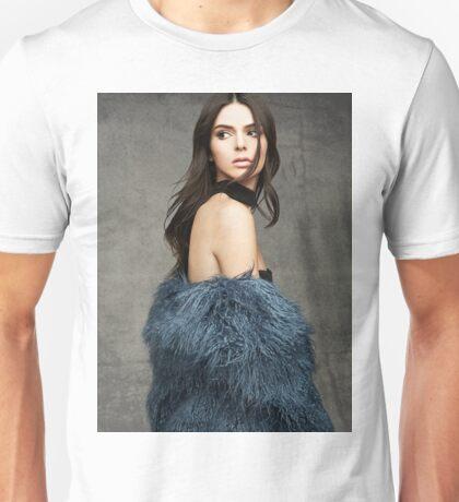 Kendall Jenner Glance Back Unisex T-Shirt