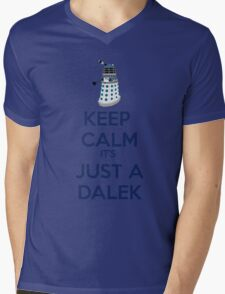Keep Calm It's just a dalek Mens V-Neck T-Shirt