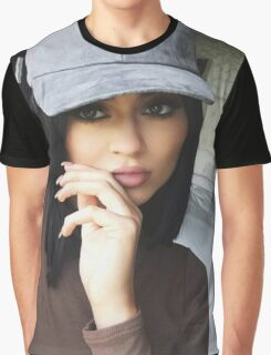 Kylie Jenner Hat 2 Graphic T-Shirt