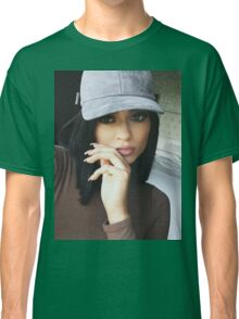 Kylie Jenner Hat 2 Classic T-Shirt