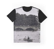 Row Boats in Stratford-upon-Avon Graphic T-Shirt