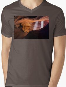 Light Beams in the Canyon Mens V-Neck T-Shirt