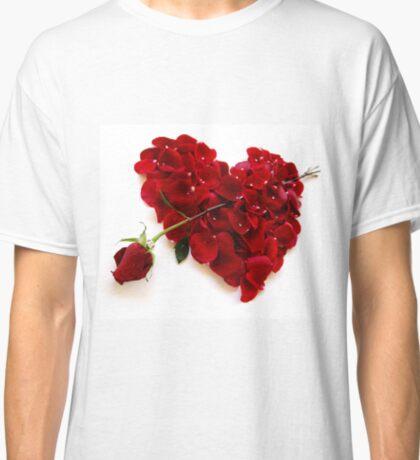Love Arrow Classic T-Shirt