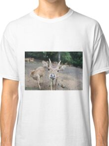 Cute Deer - Eating Vegetables Classic T-Shirt