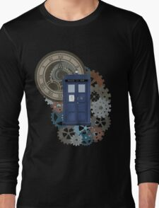 Traveling through the gears of Time  Long Sleeve T-Shirt