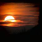 Ege Denizi Üzerinde Gün Batımı by M-EK