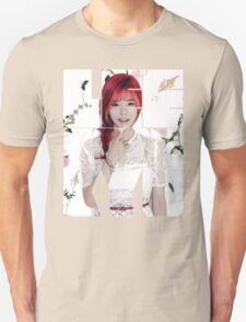 Girls' Generation (SNSD) Sunny Flower Typography T-Shirt