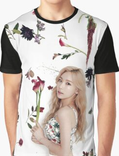 Girls' Generation (SNSD) Taeyeon Flower Typography Graphic T-Shirt