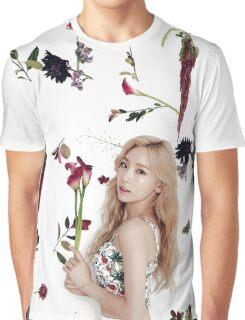 Girls' Generation (SNSD) Taeyeon Flower Typography Graphic T-Shirt