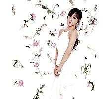 Girls' Generation (SNSD) Tiffany Flower Typography Photographic Print