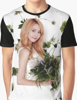 Girls' Generation (SNSD) Yoona Flower Typography Graphic T-Shirt
