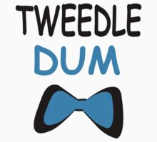 Tweedle Dum-Tweedle Dee Couple T-Shirts by incetelso