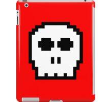White Retro 8-bit Skull iPad Case/Skin