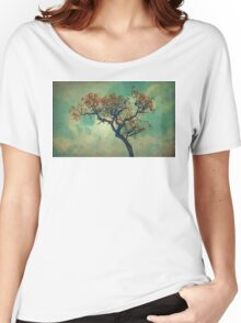 Vintage Rusty Tree Women's Relaxed Fit T-Shirt