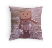Danbo dancing in the rain Throw Pillow