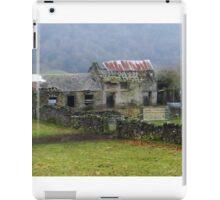 Derelict Cottage, Hope Valley, Eyam iPad Case/Skin